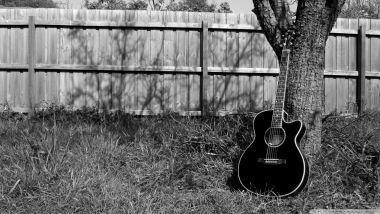 mengajarimu chord chord dasar dalam gitar