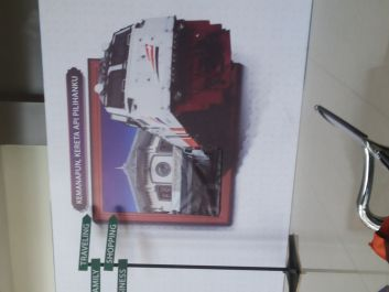 kirim interior kereta indonesia