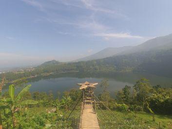 Saya akan memberitahu anda tempat liburan yang bagus di Dieng Wonosobo