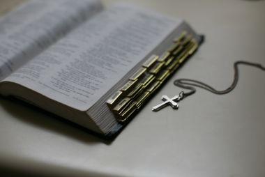Membuatkan khotbah yang benar dan menarik untuk kamu dari alkitab
