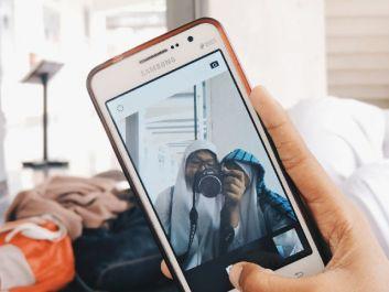 ngepost 150 foto di akun online shop kamu