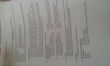 mengerjakan tugas sekolah (mengetik dalam bentuk dokumen word dan excel)