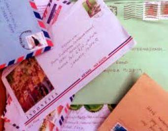 membuatkan segala jenis surat apapun berdasarkan permintaanmu