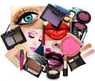 memberikan tips-tips dalam ber-make up dengan lengkap