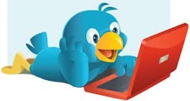 menjalankan twitter maupun facebook anda