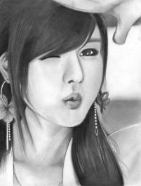 menggambar sketsa wajah dengan pensil