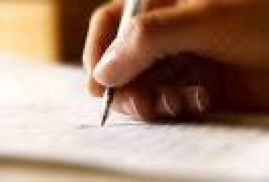 mencarikan informasi di internet,menulis ulang,dll