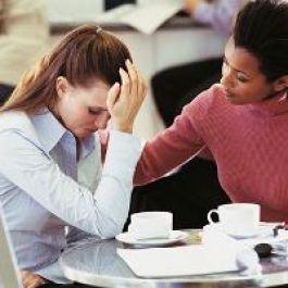 menjadi teman curhat dan memberikan solusi bagi permasalahan Anda