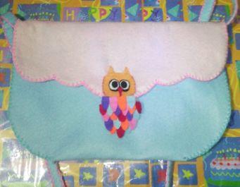 membuatkan tas hangout dari kain flanel