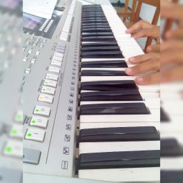 membuatkan lagu ciptaan yang kamu inginkan