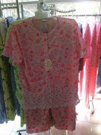 saya akan membuatkan motif motif untuk design baju tidur dan kaos  sesuai  pesanan anda